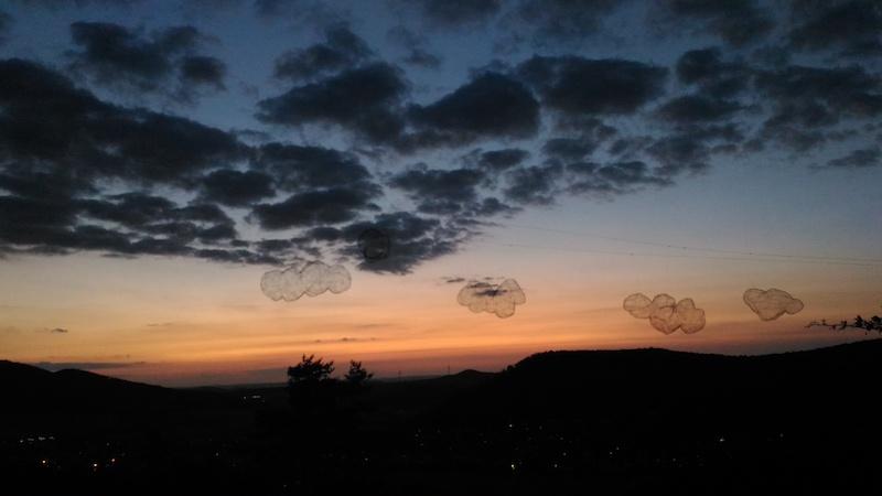 ... Wolken über ... / Foto: Bärbel Kandziora