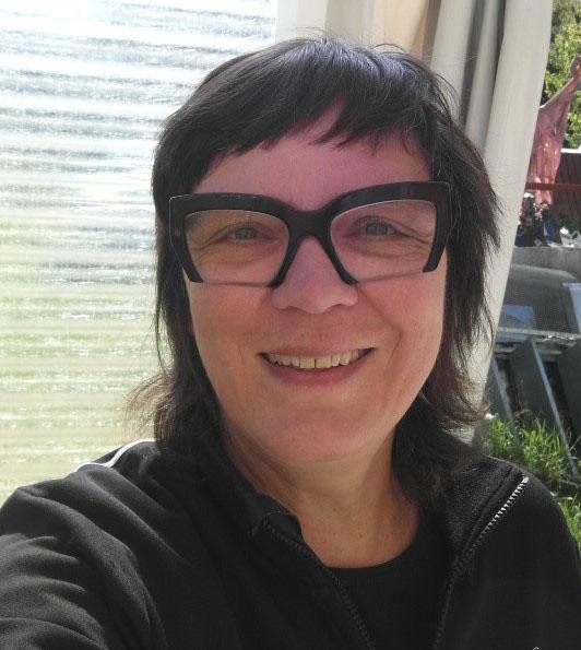 Kirsten Sauer kisa.